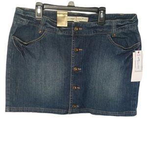Miniskirt  jean ecko red. SZ 13.